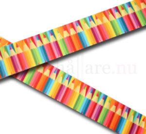Band 25 mm med mönster av färgsprakande färgpennor